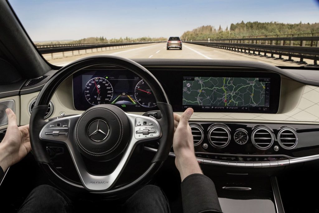 Try Out These High Tech Features By Leasing A Luxury Car